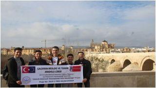 Vanlı öğrenciler İspanya'da staj gördü