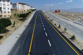 Erciş'te 25 milyon TL'lik yatırımla 80 bin ton asfalt yapıldı
