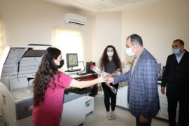 Başkan Tanış, Kadınlar Günü'nde sağlık çalışanlarını unutmadı