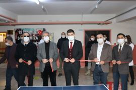 Gürpınar'da 'Görsel Sanatlar ve Spor Atölyesi' açıldı