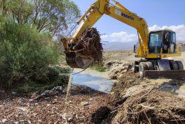 Gürpınar Belediyesi selden etkilenen mahallelerde çalışmalarını sürdürüyor