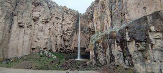 Sıcak hava bu yıl Yezidi Şelalesi erken kuruttu